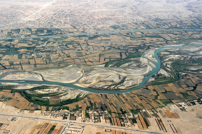 Aerial_photograph_of_Kandahar_Province_in_2011