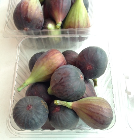 Figs-8-oz-X-12-clamshells